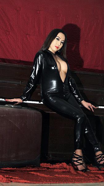 MistressForVIP Pic